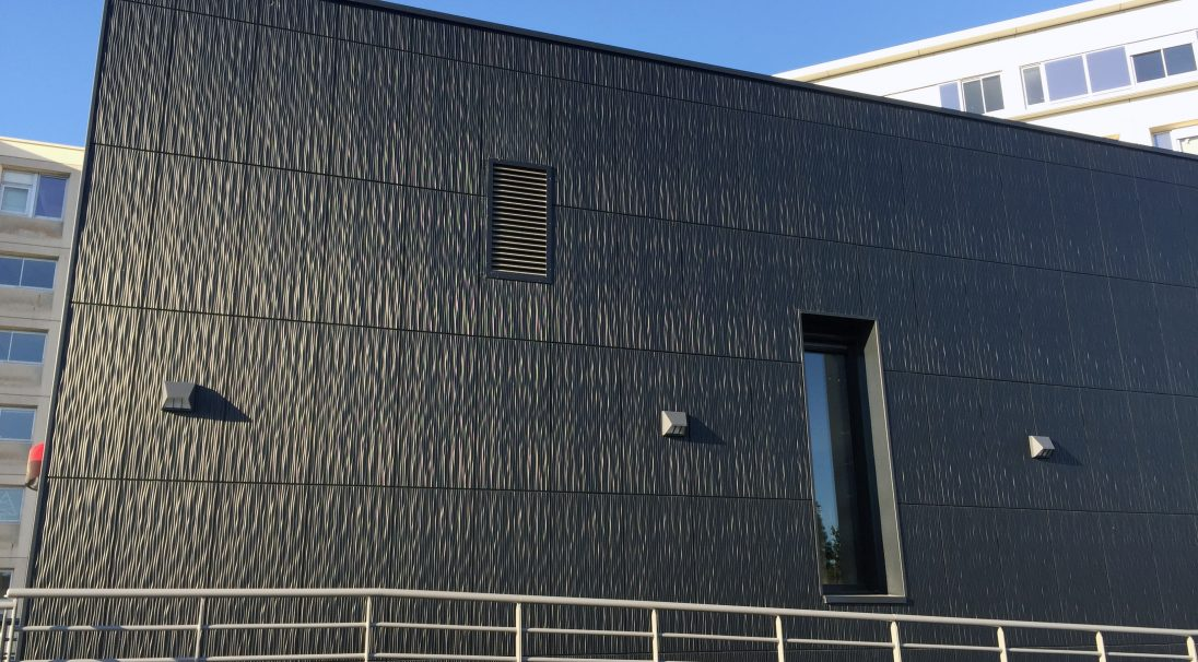 Location: Angers (France),  Architects: Bontemps Le Merdy Architecture,  Construction type: renovation,  Installation system: wall cladding without backing structure (CWoB),  Product: DUNE