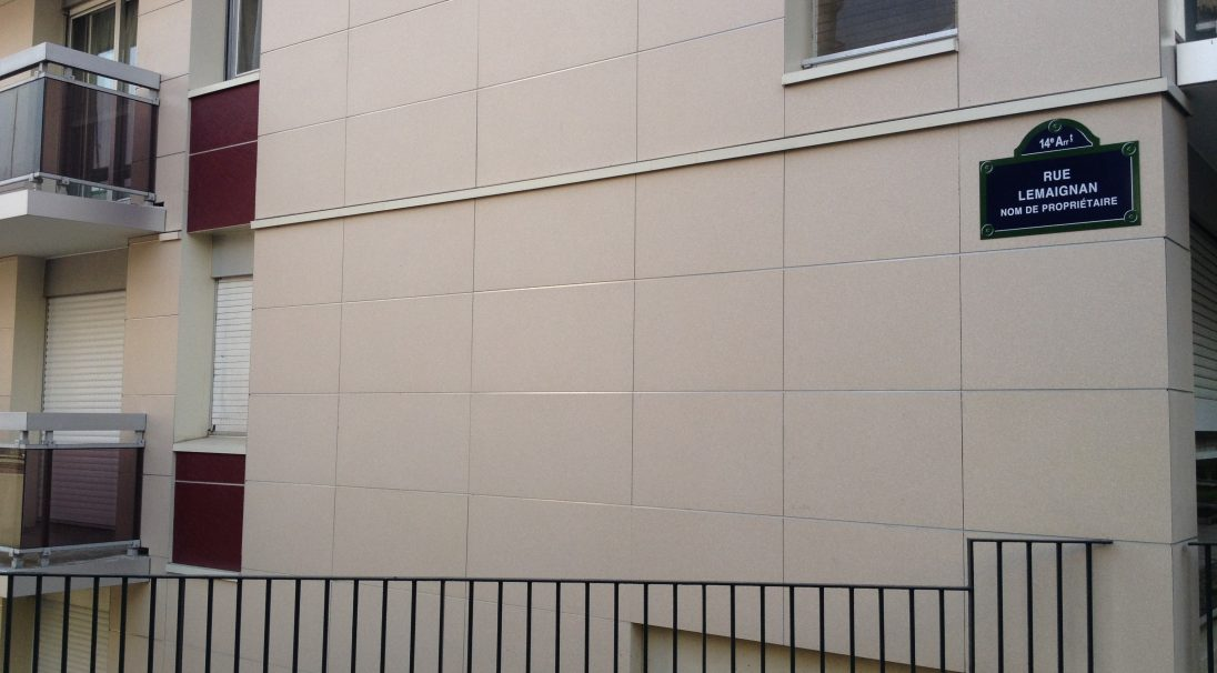 Location: Paris (France),  Construction type: renovation after disaster,  Installation system: wall cladding with subframe (CWS),  Products: RIVEN & SMOOTH MATT