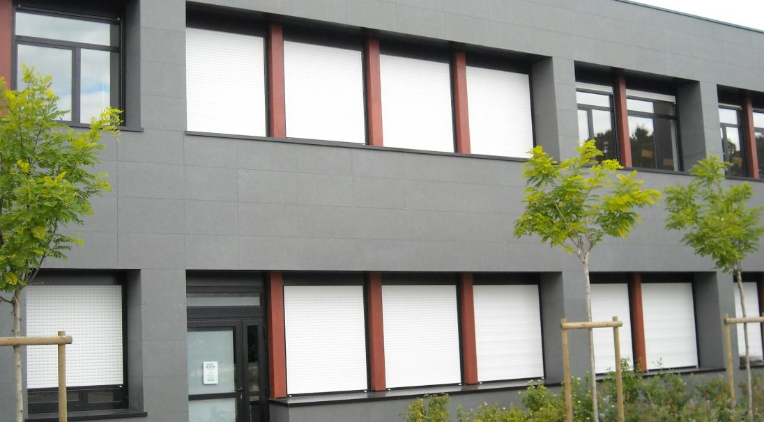 Location: Val-d'Oudon (France),  Architects: Boucher office,  Construction type: renovation,  Installation system: wall cladding with subframe (CWS),  Products: SMOOTH MATT & TAÏGA