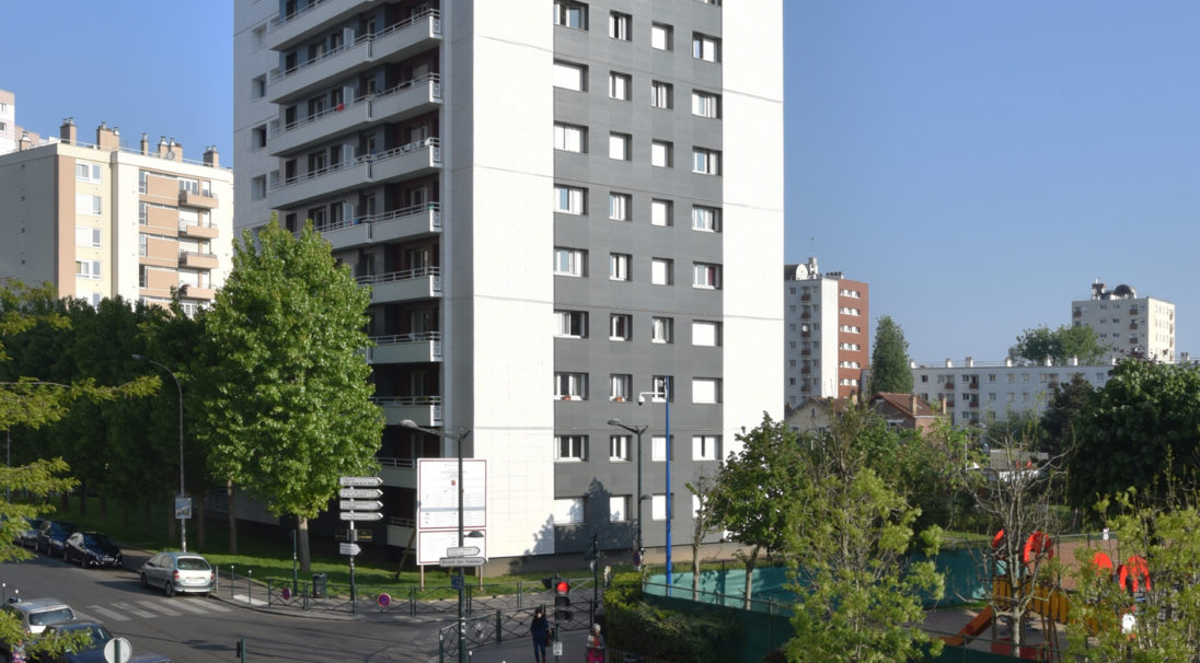 Thermal renovation of 84 housings,  14 storeys tower,  Location: Asnières-sur-Seine (France),  Architects: Atelier Philippe MULLER Architecte,  Contractor: France Habitation,  Installation system: wall cladding with subframe (CWS),  Products: SMOOTH MATT & RHODES,  Photographie : Michel ROY