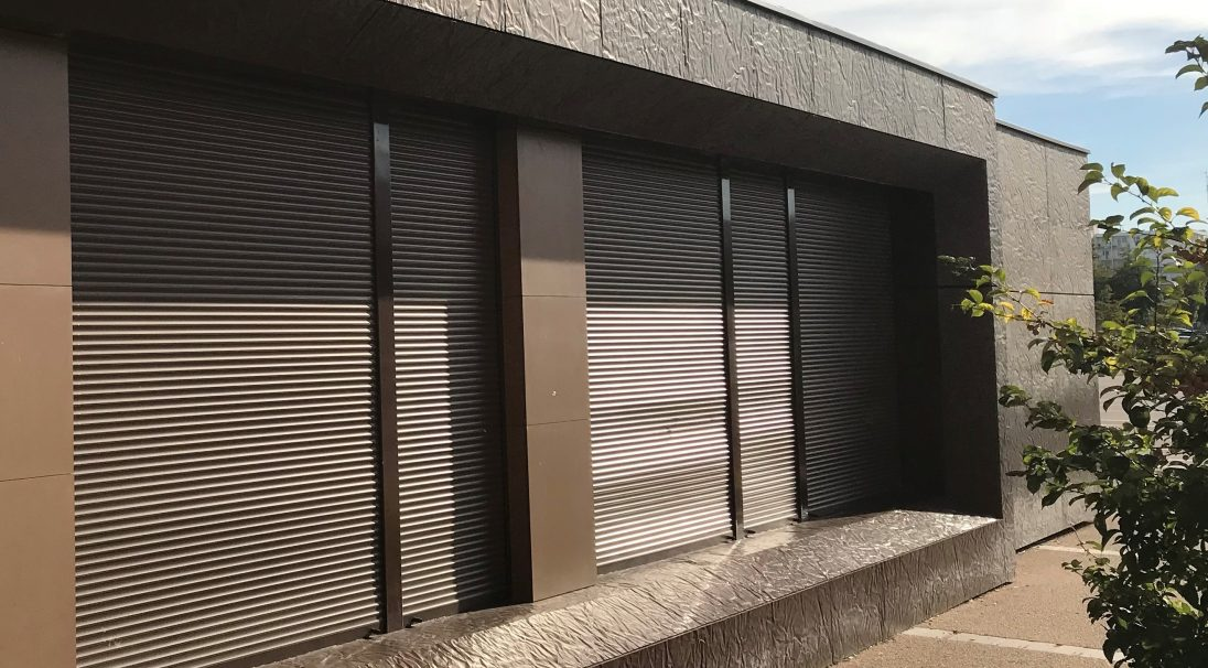 Location: Strasbourg, France,  Construction type: new build,  Installation system: wall cladding with subframe (CWS), anchor facing panels,  Product: RHODES,  Architect: BE SNC Lavalin