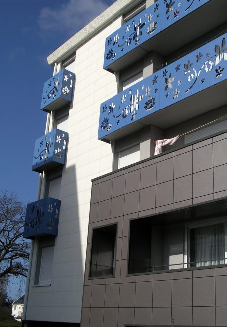 La Rabatterie housing, cladding without subframe