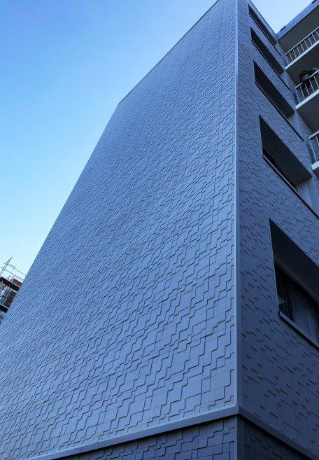 Les Ulis housing - cladding without subframe