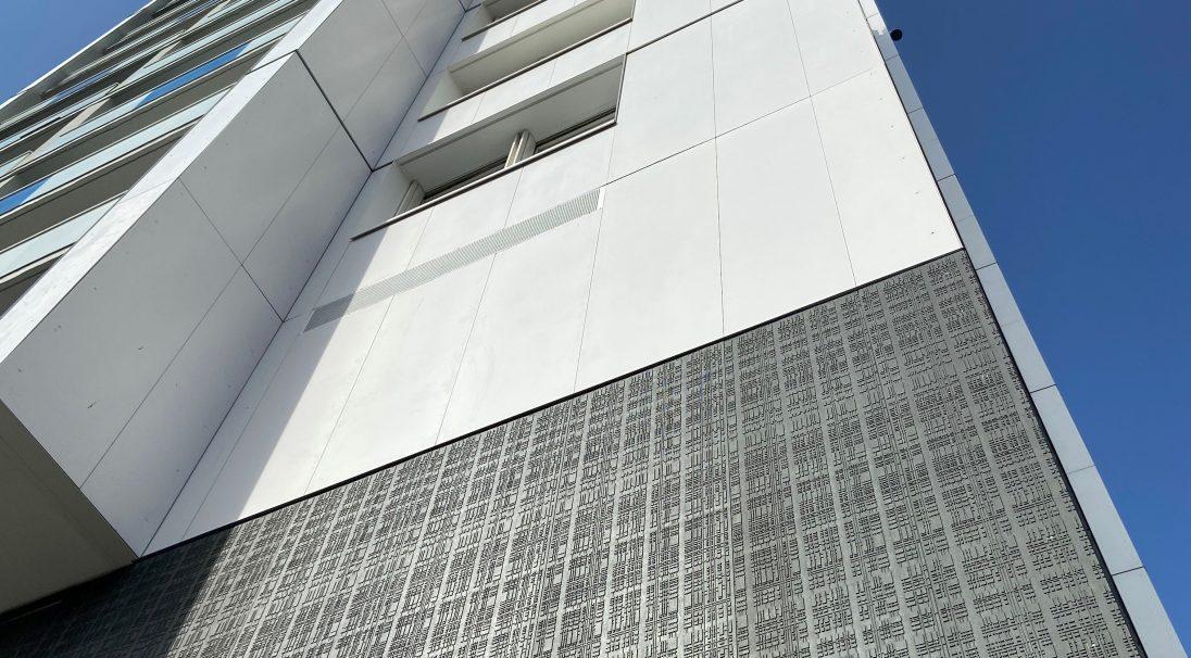 La Tour Pajot housing, France - Cladding without subframe (CWB)